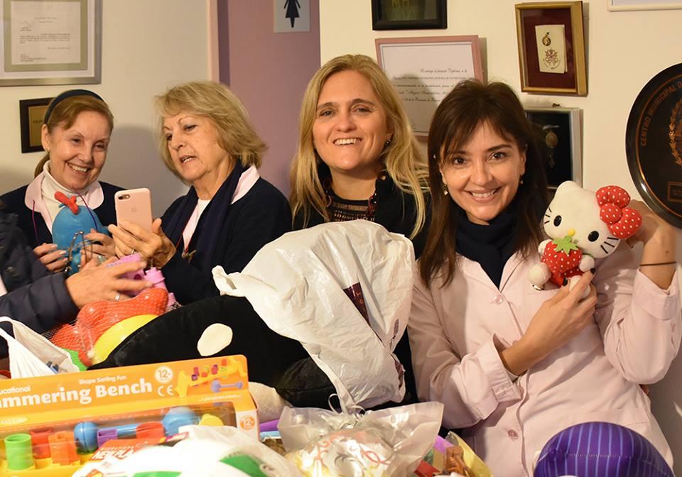 Donaciones por el Día del Niño - Damas Rosadas 03