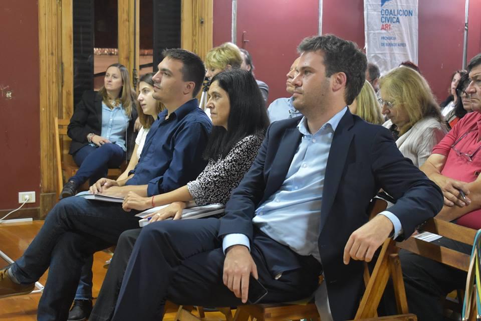 Escuela de Capacitación y Formación Política - CLASE 1 08