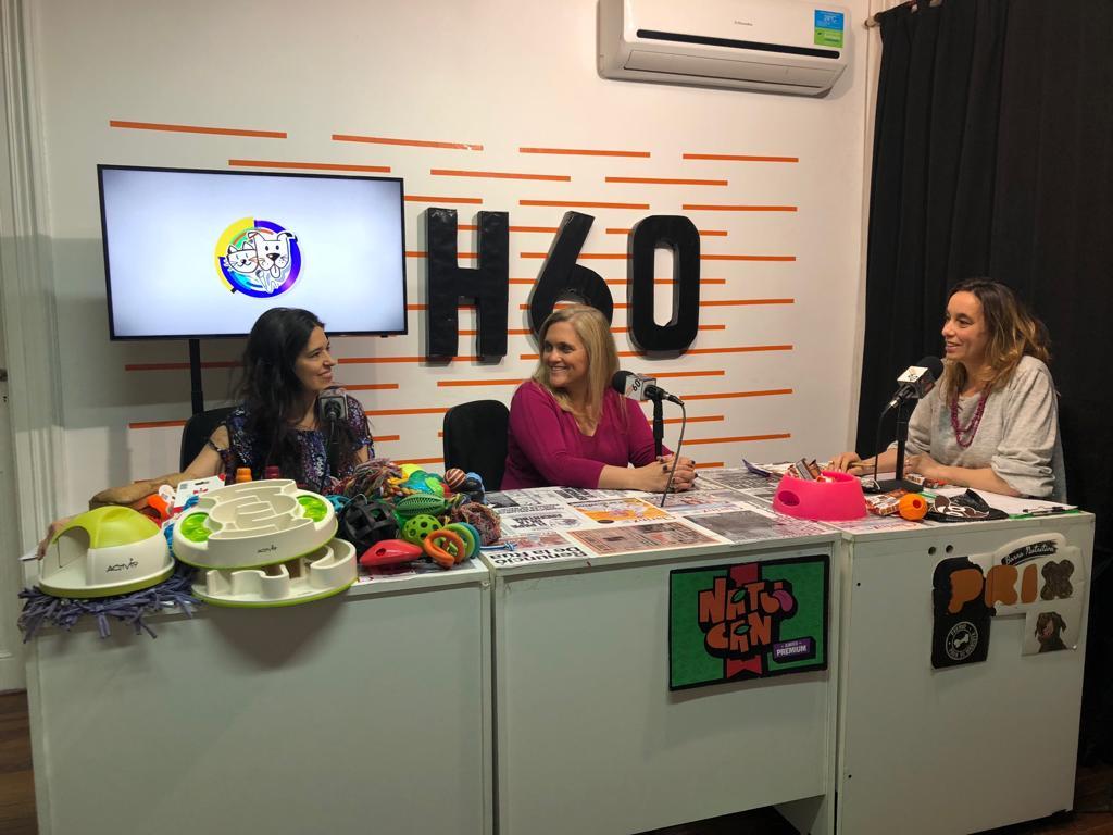 Participamos del programa de radio Amigos Peludos 00